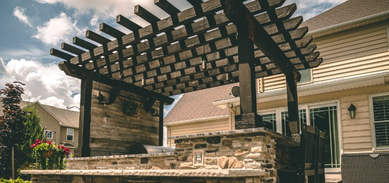 Hand-crafted and custom-built pergola from Ground Works Land Design in Ohio